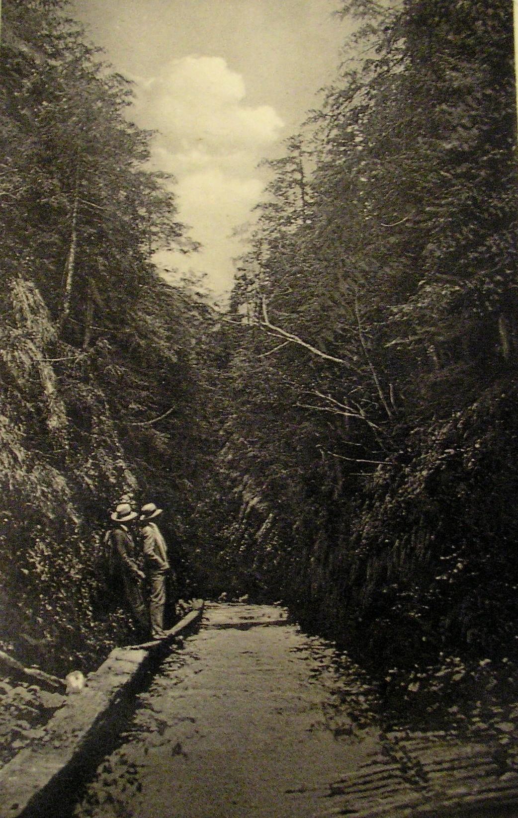 Stratenská tiesňava - historická snímka  okolo 1945