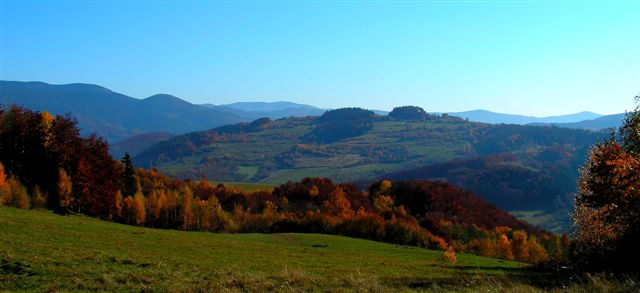 Pohľad z úbočia Vincovky na Ramžu a Špitzenhíbel ( Končistá)